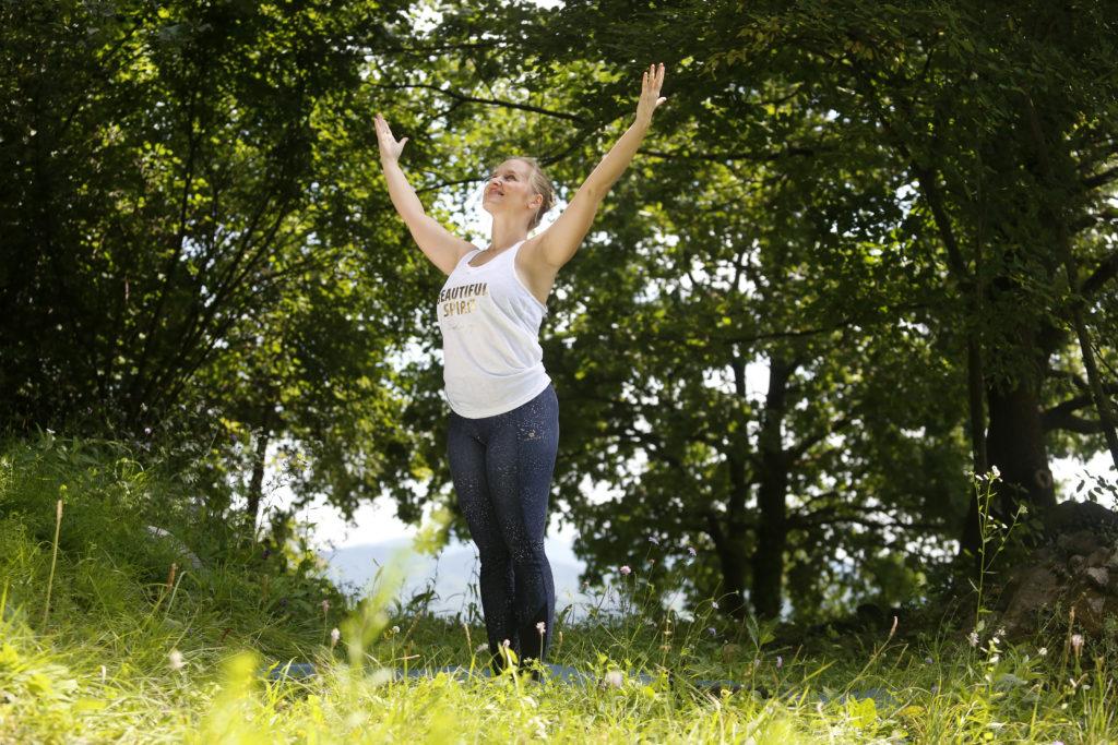 mokini yoga_samskara_učiteljsi tečaj joge_sprostev stresa_mooni_blog_joga ljubljana