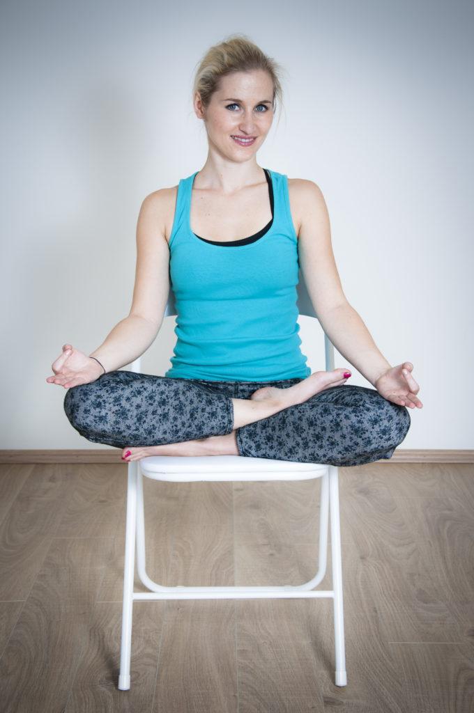 mokini_naslovna slika clanka_meditacija_antistresne tehnike_tehnike proti stresu_mooni_blog_joga ljubljana